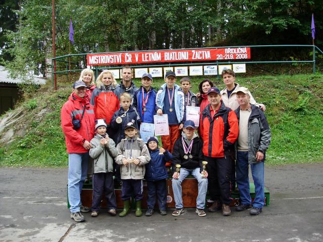 Mistrovství ČR v letním biatlonu  Břidličná 19.-21.9.2008 - společné foto
